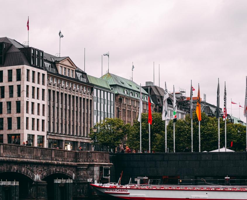 Der-Hamburg-Stellenmarkt - Stelleanzeige schalten